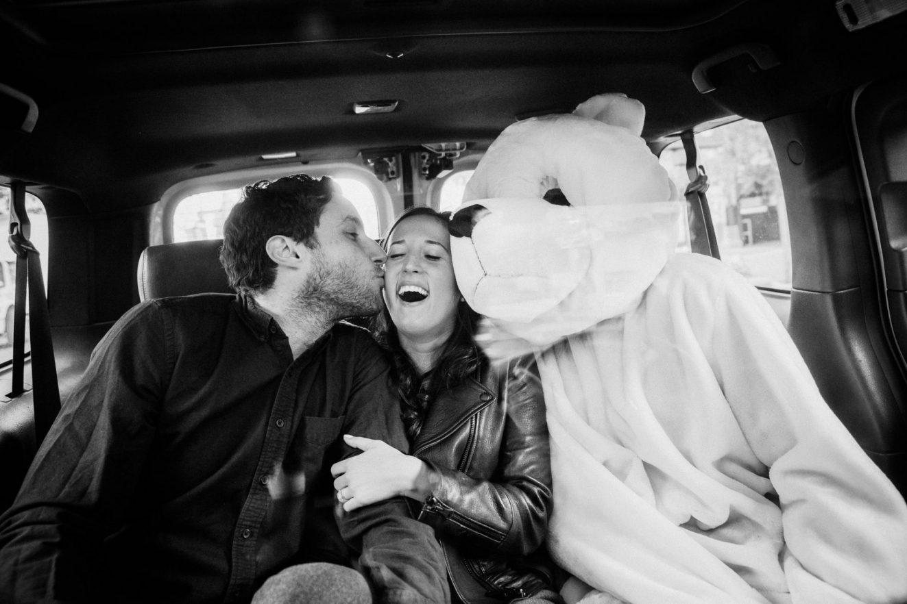 taxi portraits with a giant bear